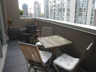 "Photo 5: 1902 1055 RICHARDS Street in Vancouver: Downtown VW Condo for sale in ""THE DONOVAN"" (Vancouver West)  : MLS®# R2096323"