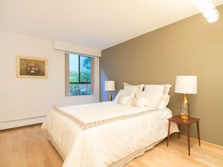 "Photo 18: 104 1930 W 3RD Avenue in Vancouver: Kitsilano Condo for sale in ""THE WESTVIEW"" (Vancouver West)  : MLS®# R2099750"