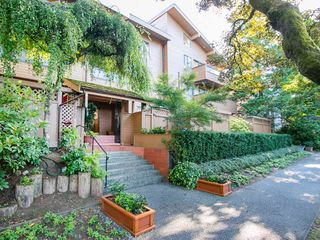 "Photo 2: 104 1930 W 3RD Avenue in Vancouver: Kitsilano Condo for sale in ""THE WESTVIEW"" (Vancouver West)  : MLS®# R2099750"