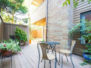 "Photo 9: 104 1930 W 3RD Avenue in Vancouver: Kitsilano Condo for sale in ""THE WESTVIEW"" (Vancouver West)  : MLS®# R2099750"