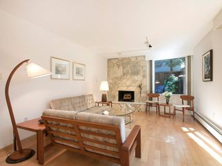 "Photo 3: 104 1930 W 3RD Avenue in Vancouver: Kitsilano Condo for sale in ""THE WESTVIEW"" (Vancouver West)  : MLS®# R2099750"