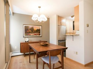 "Photo 14: 104 1930 W 3RD Avenue in Vancouver: Kitsilano Condo for sale in ""THE WESTVIEW"" (Vancouver West)  : MLS®# R2099750"