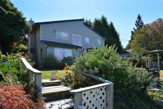 "Main Photo: 5160 RADCLIFFE Road in Sechelt: Sechelt District House for sale in ""SELMA PARK"" (Sunshine Coast)  : MLS®# R2100427"