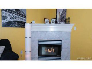 Photo 11: 104 1028 Balmoral Rd in VICTORIA: Vi Central Park Condo for sale (Victoria)  : MLS®# 742330