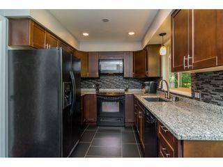 """Photo 8: 20489 TELEGRAPH Trail in Langley: Walnut Grove House for sale in """"WALNUT GROVE"""" : MLS®# R2107399"""
