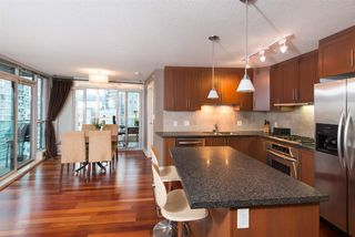 "Photo 3: 901 1189 MELVILLE Street in Vancouver: Coal Harbour Condo for sale in ""COAL HARBOUR"" (Vancouver West)  : MLS®# R2125909"