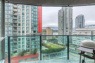 "Photo 11: 901 1189 MELVILLE Street in Vancouver: Coal Harbour Condo for sale in ""COAL HARBOUR"" (Vancouver West)  : MLS®# R2125909"