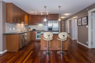 """Photo 5: 901 1189 MELVILLE Street in Vancouver: Coal Harbour Condo for sale in """"COAL HARBOUR"""" (Vancouver West)  : MLS®# R2125909"""