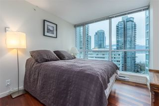 "Photo 9: 901 1189 MELVILLE Street in Vancouver: Coal Harbour Condo for sale in ""COAL HARBOUR"" (Vancouver West)  : MLS®# R2125909"