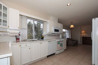 "Photo 8: 204 1320 55 Street in Delta: Cliff Drive Condo for sale in ""SANDALWOOD"" (Tsawwassen)  : MLS®# R2137376"