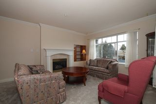 "Photo 2: 204 1320 55 Street in Delta: Cliff Drive Condo for sale in ""SANDALWOOD"" (Tsawwassen)  : MLS®# R2137376"