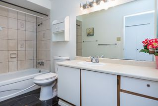 "Photo 15: 3430 LYNMOOR Place in Vancouver: Champlain Heights Townhouse for sale in ""Moorpark"" (Vancouver East)  : MLS®# R2143529"