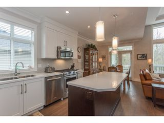 "Photo 3: 2 15989 MOUNTAIN VIEW Drive in Surrey: Grandview Surrey Townhouse for sale in ""HEARTHSTONE IN THE PARK"" (South Surrey White Rock)  : MLS®# R2153364"