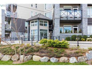 Photo 3: 401 924 Esquimalt Rd in VICTORIA: Es Old Esquimalt Condo for sale (Esquimalt)  : MLS®# 755691