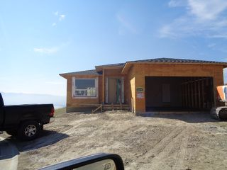 Photo 1: 2296 Saddleback Drive in Kamloops: Batchelor Heights House for sale : MLS®# 140301