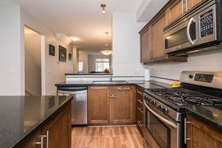"Photo 7: 3 6635 192 Street in Surrey: Clayton Townhouse for sale in ""LEAFSIDE LANE"" (Cloverdale)  : MLS®# R2167196"