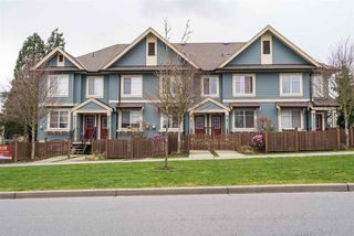 "Photo 1: 3 6635 192 Street in Surrey: Clayton Townhouse for sale in ""LEAFSIDE LANE"" (Cloverdale)  : MLS®# R2167196"