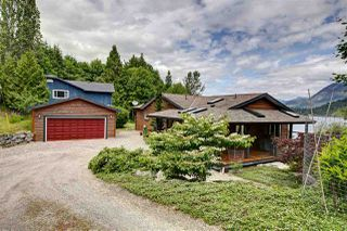 Photo 6: 6346 N GALE Avenue in Sechelt: Sechelt District House for sale (Sunshine Coast)  : MLS®# R2172275