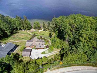 Photo 1: 6346 N GALE Avenue in Sechelt: Sechelt District House for sale (Sunshine Coast)  : MLS®# R2172275