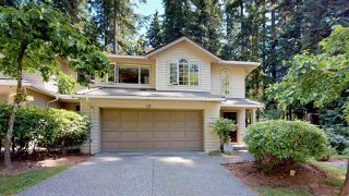 Photo 1: 12 DEERWOOD PLACE in Port Moody: Heritage Mountain Townhouse for sale : MLS®# R2184823