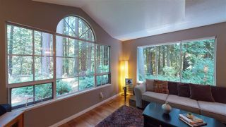 Photo 3: 12 DEERWOOD PLACE in Port Moody: Heritage Mountain Townhouse for sale : MLS®# R2184823
