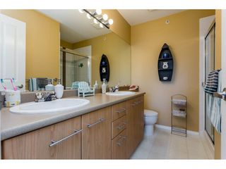 """Photo 16: 91 20540 66 Avenue in Langley: Willoughby Heights Townhouse for sale in """"Amberleigh"""" : MLS®# R2191971"""