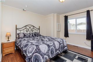 Photo 13: 18 124 Cooper Road in VICTORIA: VR Glentana Manu Double-Wide for sale (View Royal)  : MLS®# 382476