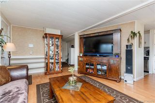 Photo 5: 18 124 Cooper Road in VICTORIA: VR Glentana Manu Double-Wide for sale (View Royal)  : MLS®# 382476