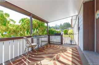 Photo 16: 18 124 Cooper Road in VICTORIA: VR Glentana Manu Double-Wide for sale (View Royal)  : MLS®# 382476