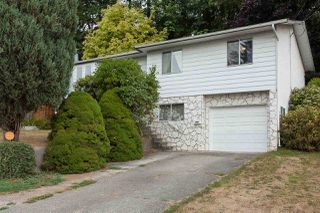 Photo 1: 33263 ROSE Avenue in Mission: Mission BC House for sale : MLS®# R2201548