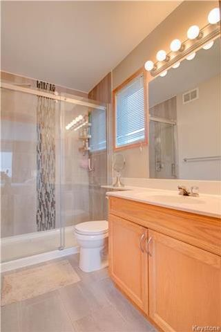 Photo 9: 18 Frigate Bay in Winnipeg: Island Lakes Residential for sale (2J)  : MLS®# 1725502