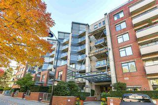 "Photo 2: 314 2228 MARSTRAND Avenue in Vancouver: Kitsilano Condo for sale in ""The SOLO"" (Vancouver West)  : MLS®# R2213454"