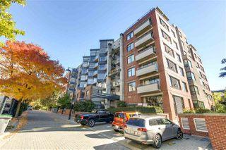 "Photo 1: 314 2228 MARSTRAND Avenue in Vancouver: Kitsilano Condo for sale in ""The SOLO"" (Vancouver West)  : MLS®# R2213454"
