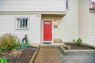 "Photo 1: 6191 E GREENSIDE Drive in Surrey: Cloverdale BC Townhouse for sale in ""GREENSIDE"" (Cloverdale)  : MLS®# R2225594"