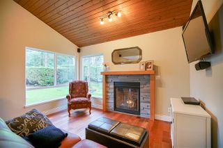 "Photo 10: 6191 E GREENSIDE Drive in Surrey: Cloverdale BC Townhouse for sale in ""GREENSIDE"" (Cloverdale)  : MLS®# R2225594"