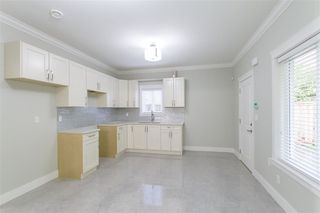 Photo 12: 1584 BLAINE Avenue in Burnaby: Sperling-Duthie House 1/2 Duplex for sale (Burnaby North)  : MLS®# R2230940