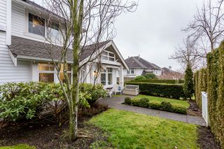 "Photo 35: 22 15037 58 Avenue in Surrey: Sullivan Station Townhouse for sale in ""Woodbridge"" : MLS®# R2231063"