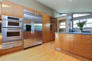 Photo 3: 2326 MARINE DRIVE in West Vancouver: Dundarave House 1/2 Duplex for sale : MLS®# R2230822