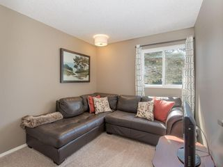 Photo 19: 6912 SILVERVIEW Road NW in Calgary: Silver Springs House for sale : MLS®# C4173709