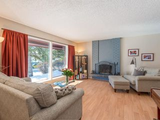 Photo 2: 6912 SILVERVIEW Road NW in Calgary: Silver Springs House for sale : MLS®# C4173709
