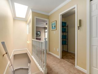 "Photo 18: 3 1552 EVERALL Street: White Rock Townhouse for sale in ""EVERALL COURT"" (South Surrey White Rock)  : MLS®# R2265782"
