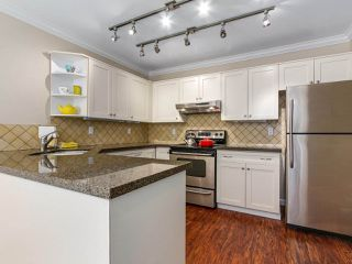 "Photo 9: 3 1552 EVERALL Street: White Rock Townhouse for sale in ""EVERALL COURT"" (South Surrey White Rock)  : MLS®# R2265782"