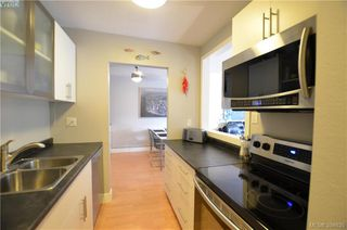 Photo 5: 326 1870 McKenzie Avenue in VICTORIA: SE Lambrick Park Condo Apartment for sale (Saanich East)  : MLS®# 394635