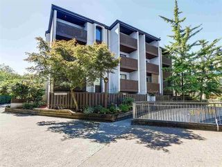 Photo 3: 8 340 GINGER Drive in New Westminster: Fraserview NW Townhouse for sale : MLS®# R2286554