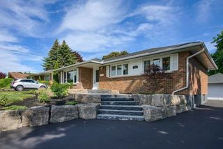 Photo 2: 384 Rossmount Avenue in Oshawa: Northglen House (Bungalow) for sale : MLS®# E4185188