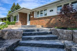 Photo 1: 384 Rossmount Avenue in Oshawa: Northglen House (Bungalow) for sale : MLS®# E4185188