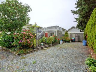 Photo 19: 10194 Third Street in SIDNEY: Si Sidney North-East Single Family Detached for sale (Sidney)  : MLS®# 399645