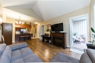 "Photo 2: 403 12525 190A Street in Pitt Meadows: Mid Meadows Condo for sale in ""CEDAR DOWNS"" : MLS®# R2311707"
