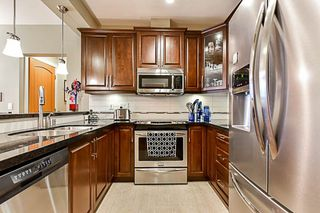 "Photo 5: 112 8218 207A Street in Langley: Willoughby Heights Condo for sale in ""WALNUT RIDGE 4 YORKSON"" : MLS®# R2318735"