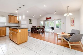 Photo 5: 816 LILLIAN Street in Coquitlam: Harbour Chines House for sale : MLS®# R2321039